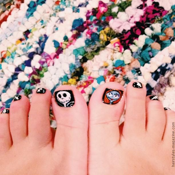 jack sally toe nails Awesome Halloween Toe Nail Art Designs For ...