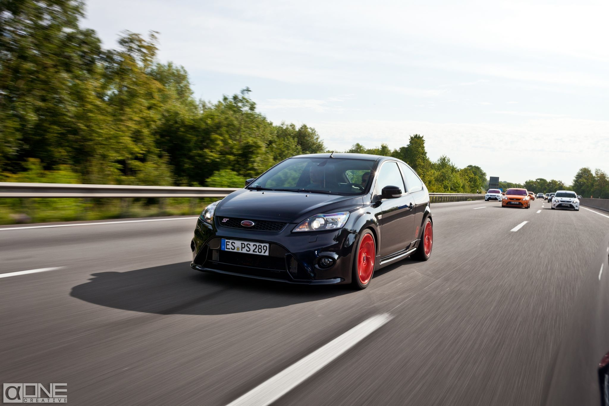 Black Panther Ford Focus ST Tuning with red Rims