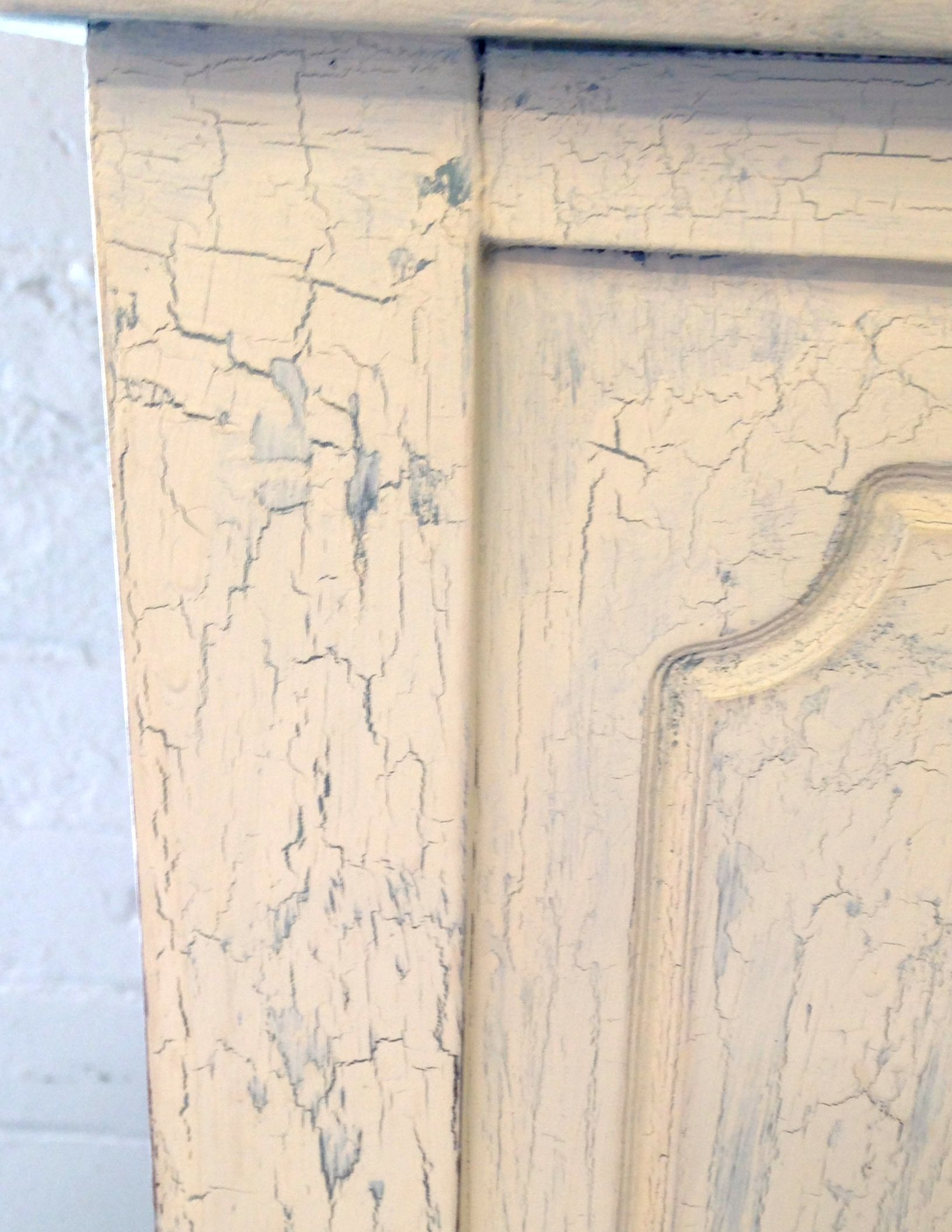 Painted Furniture Crackle Finish Tutorial New House New Home Crackle Painting Painted Furniture Crackle Furniture