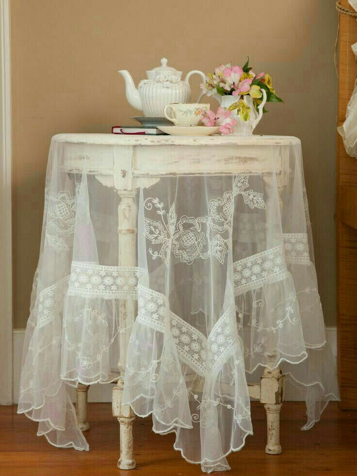 Pretty Lace Tablecloth Shabby Chic Furniture Shabby