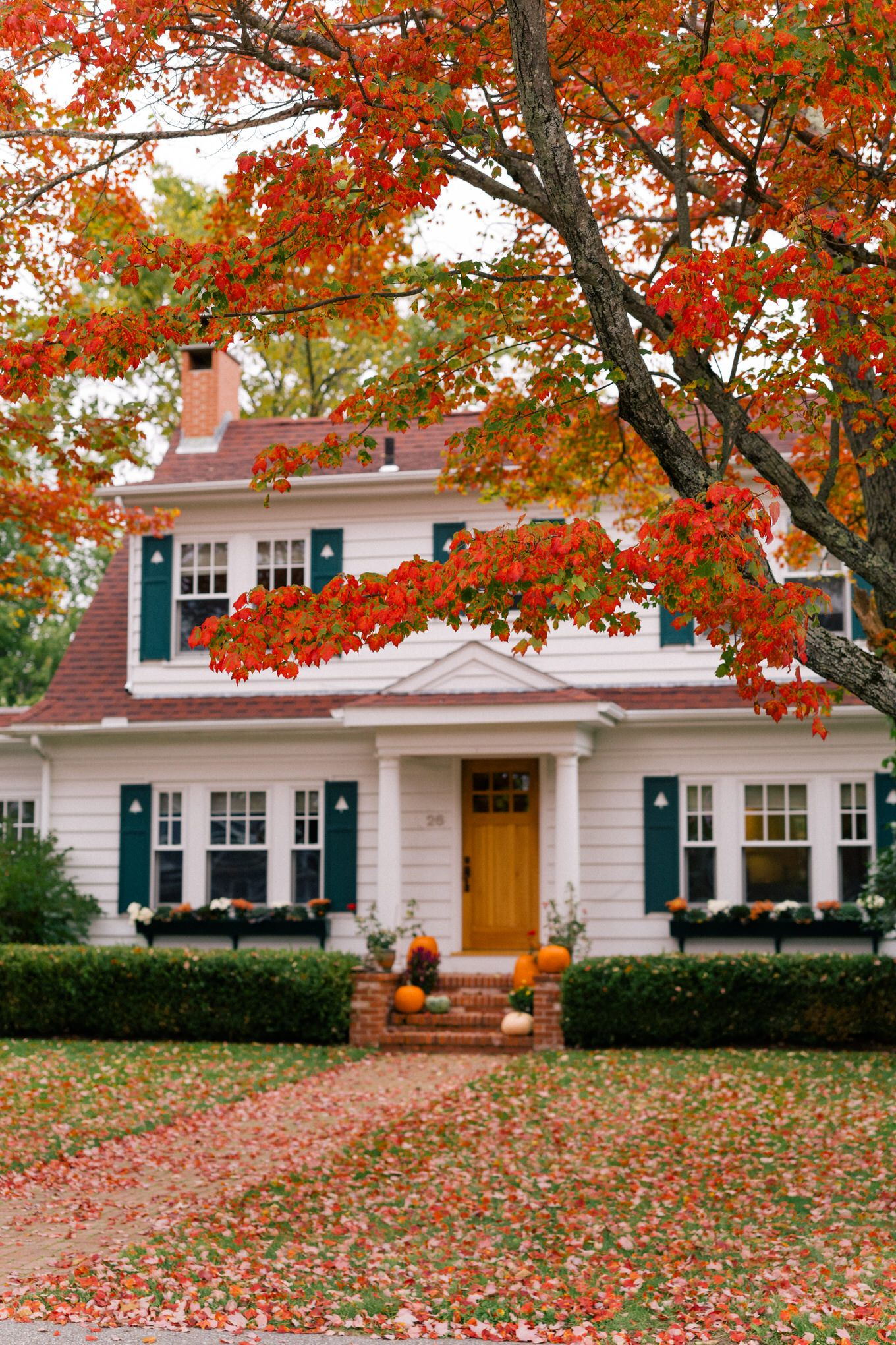 A Fall Getaway To Kennebunkport Cape Porpoise Maine Autumn Home House Fall Getaways