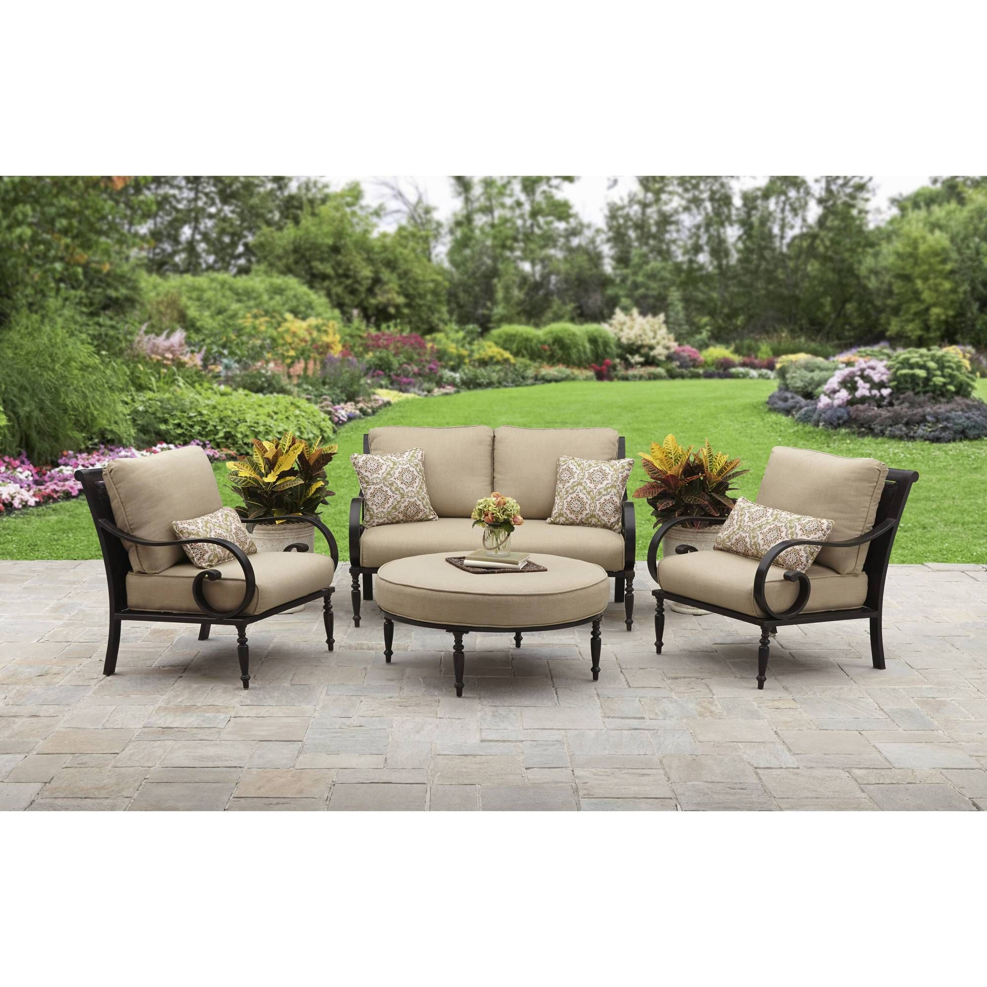 Homes Englewood Fine Dining Outdoor Patio Set