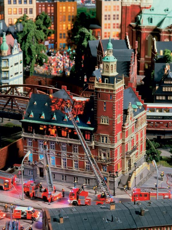 Model Railway Wiki And Shop For Model Railway Scenery And Model Railway Figures Http Www Modelleisenbahn Figuren Com Scale