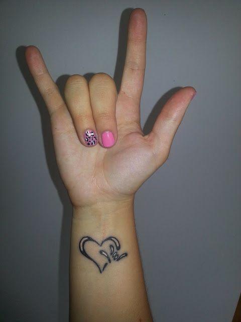 I Love You Sign Tattoo : tattoo, Language, Tattoo, Ideas, Tattoo,, Signs,, Yourself