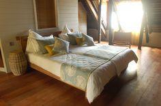 Faszinierende Welt! Dies ist, was in den Sinn kommt, wenn Sie diese Luxus-Villa betreten. Ausgestattet mit Charme. Sein schönster Charme ist die einladende und entspannte Atmosphäre. Perfekt für einen Traumurlaub. Diese für Selbstversorger Villa am Strand ist für bis zu 6 Erwachsene und 2 Kinder geeignet. #Mauritius #Reise #Urlaub #Villa #Sunset I ❤ MAURITIUS! ツ http://www.isla-mauricia.de/objekte-mauritius/mauritius-strandhaus-mit-pool-sonnenaufgang-am-meer-de/