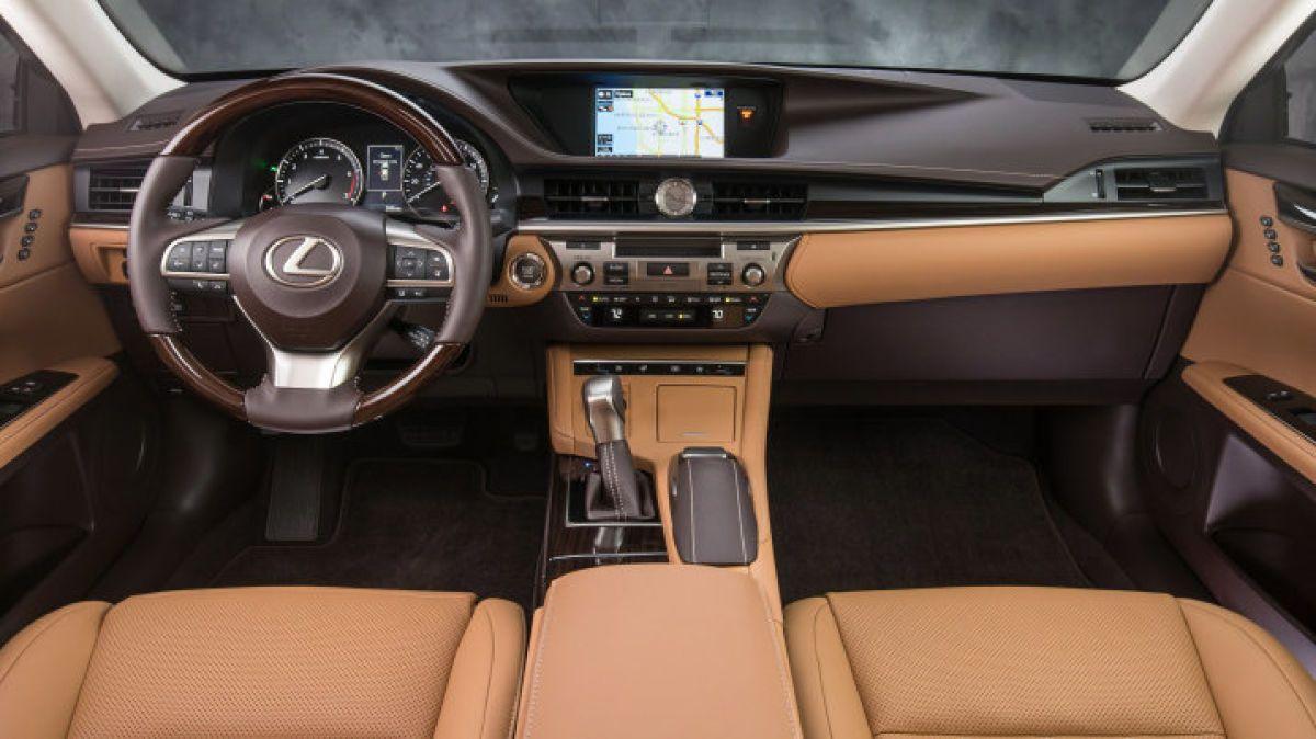 2019 Lexus Es300h Has A Quiet And Comfortable Interior Lexus Lexus Es New Lexus