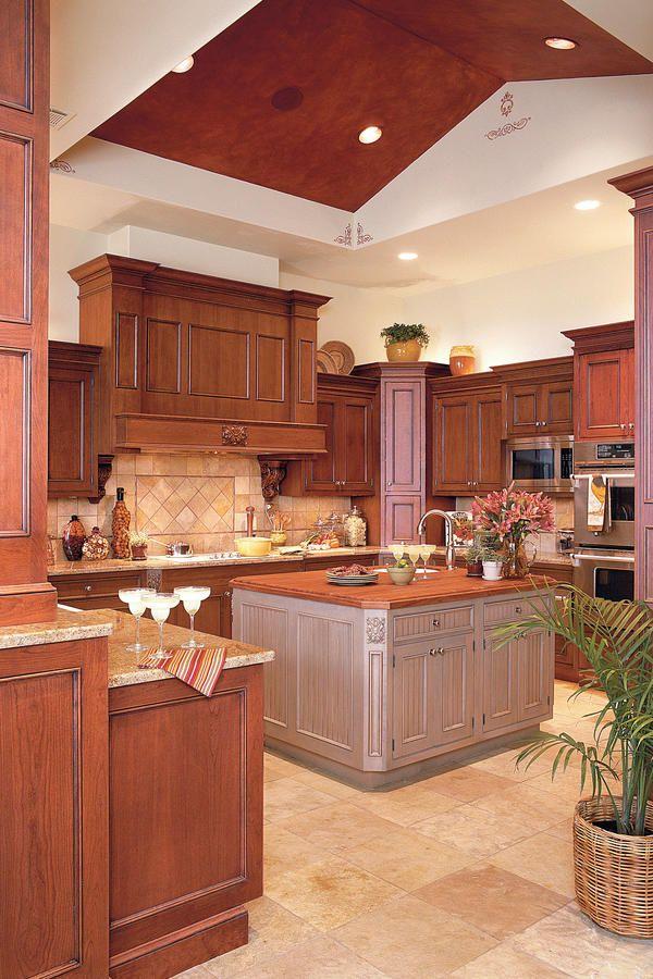 Idea House Kitchens Tuscan kitchen design, Kitchen