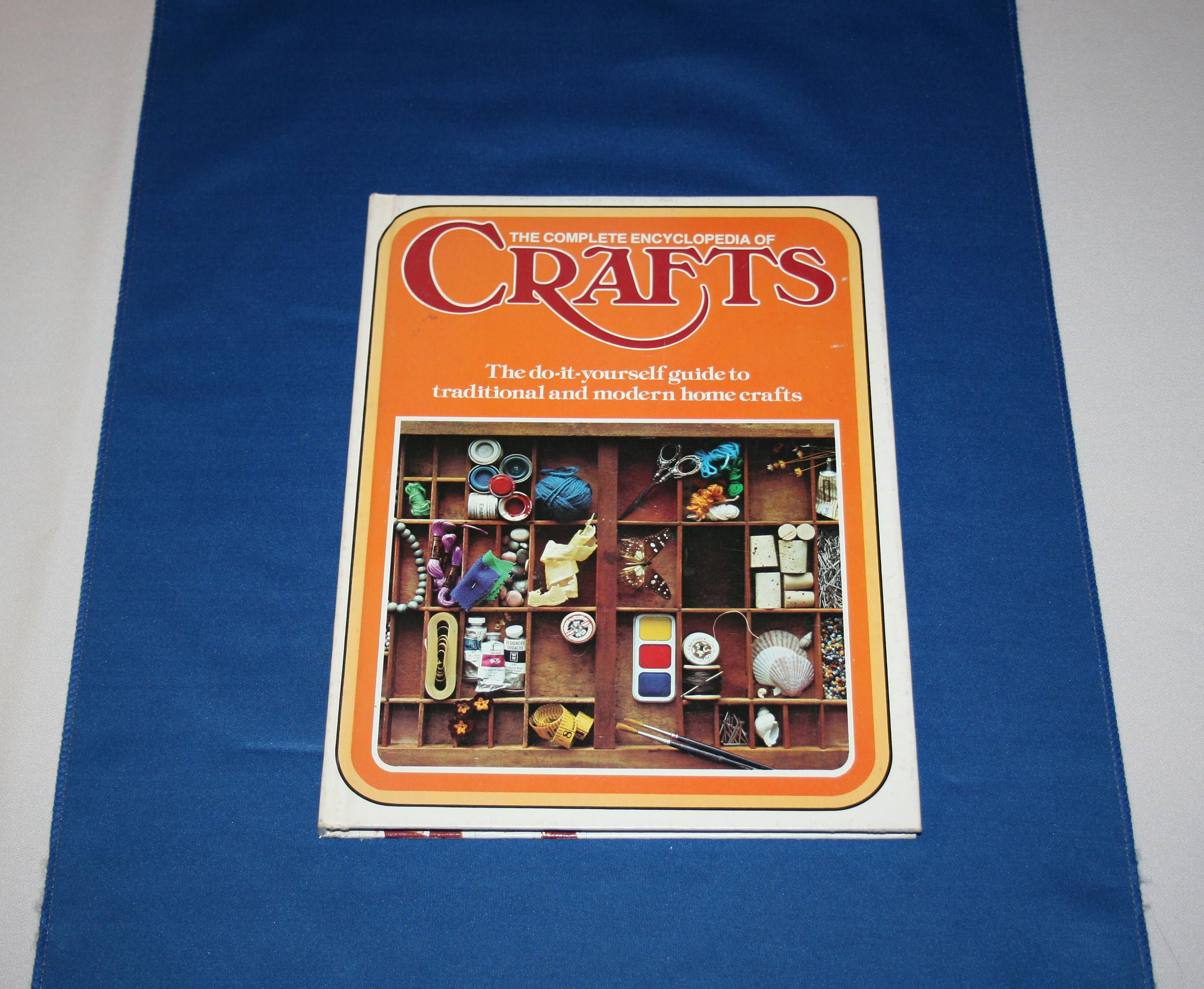 Complete encyclopedia of crafts volume 1 hardcover book 1975 do it complete encyclopedia of crafts volume 1 hardcover book 1975 do it yourself guide home solutioingenieria Image collections