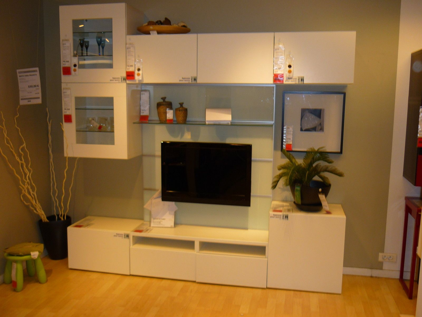 meuble tv expedit trendy meuble tv lumineux blanc laque a tiroirs orleans u ikea photo meuble. Black Bedroom Furniture Sets. Home Design Ideas