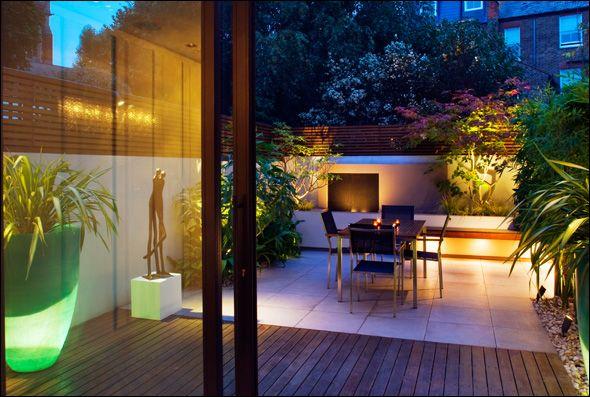 Modern Urban Garden Design And Build With Images Urban Garden Design Courtyard Gardens Design Contemporary Garden Design