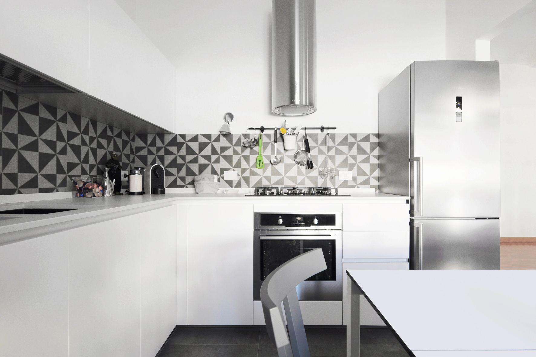 Kristalia Sedie ~ Cucina rossana modello hd23 tavolo allungabile easy sedie gray e
