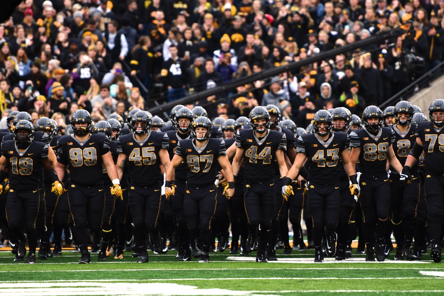 The Iowa Hawkeyes Alternate Uniforms Vs Ohio State Nov 2017