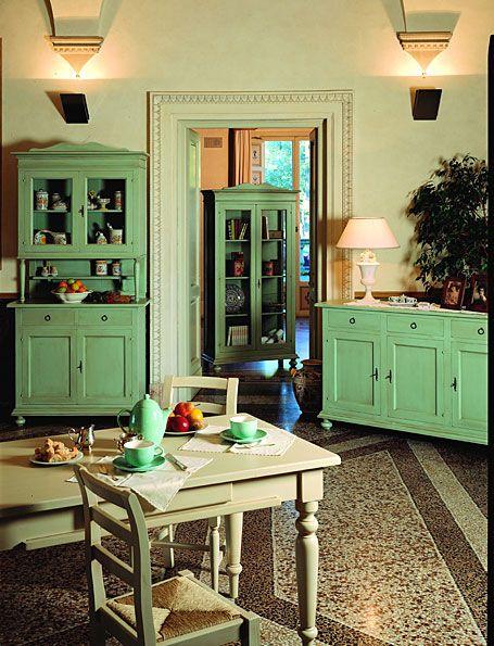 Alacena vintage chievo material madera de nogal mueble for Alacenas vintage