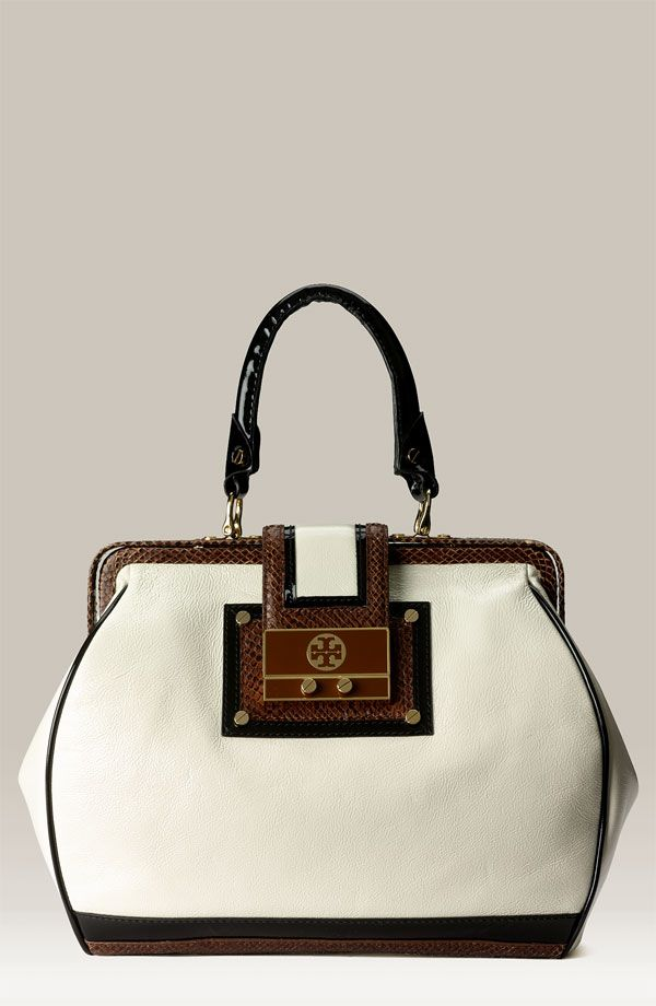 Love This Tory Graduate Doctor S Bag