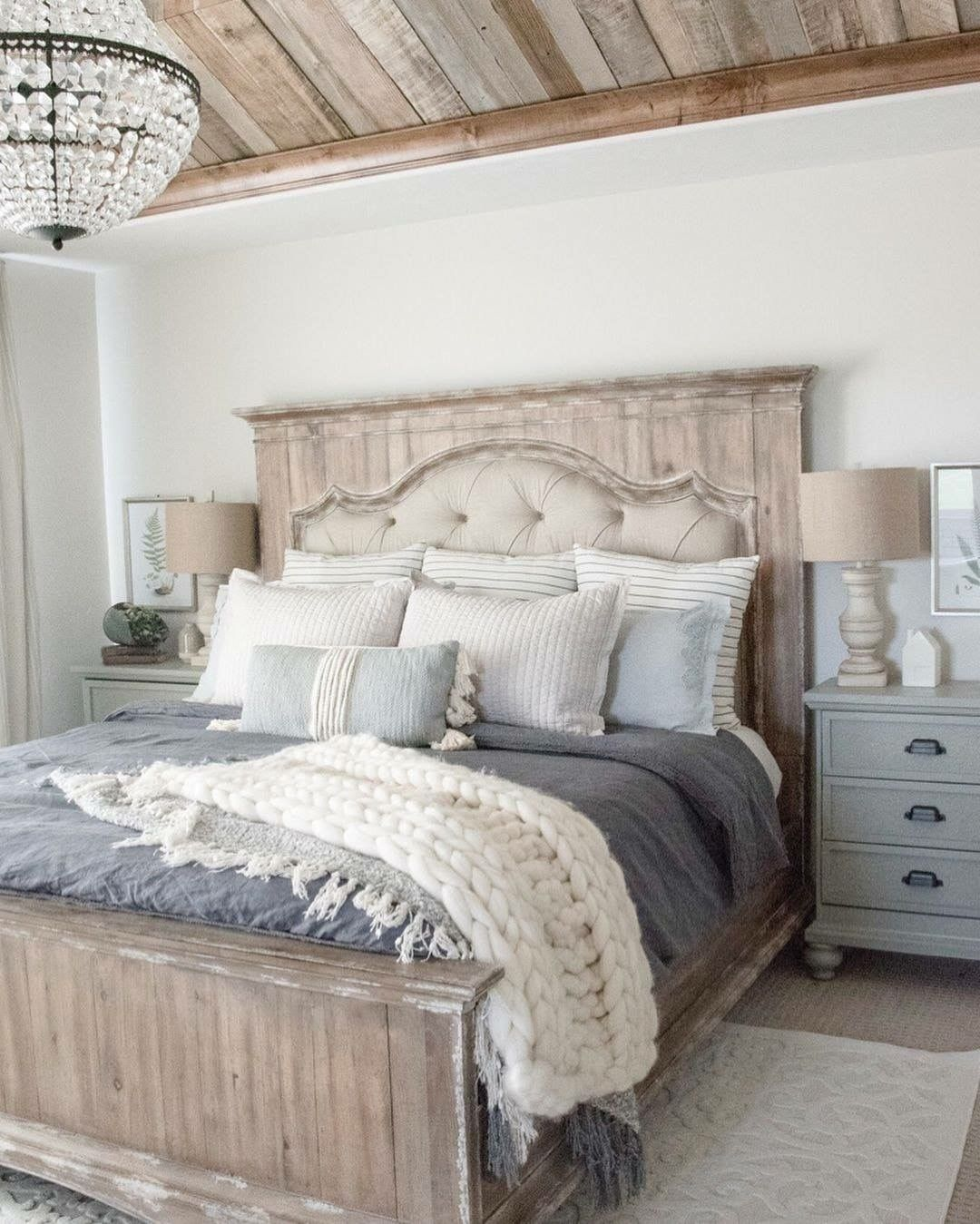 Pin By Brooke Siler On Master Bedroom Decorating Ideas Farmhouse Bedroom Furniture Bedroom Furniture Design Master Bedrooms Decor