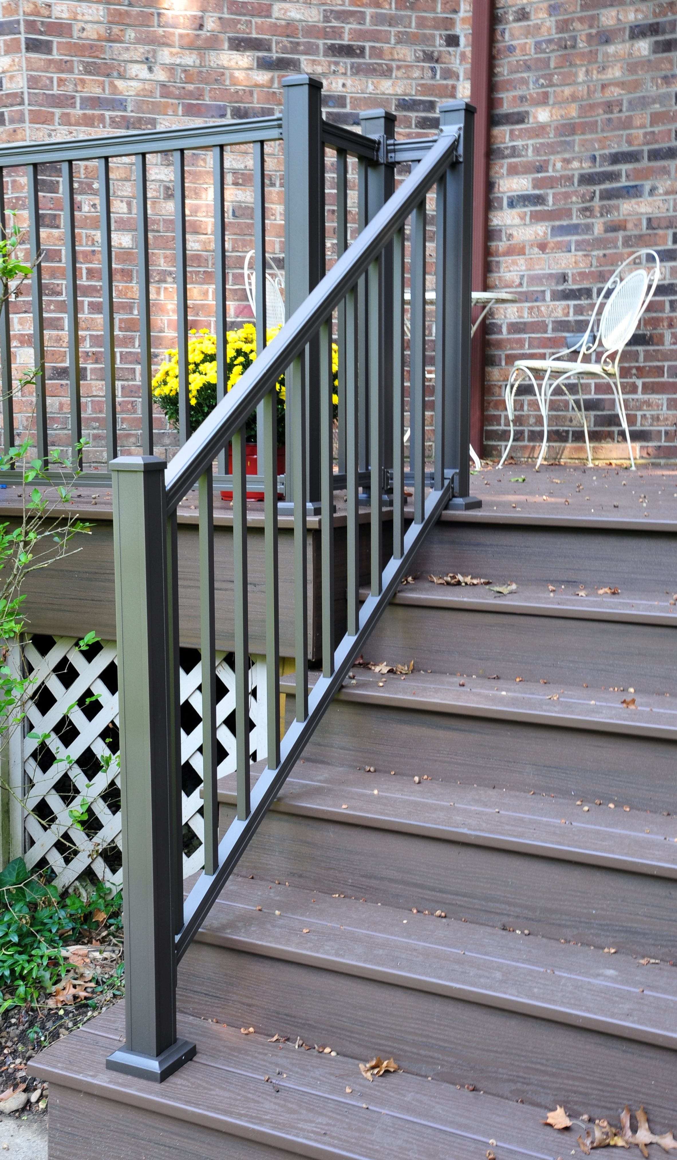 Best Keystone Bronze Aluminum Stair Rail Deck Railing Design 400 x 300