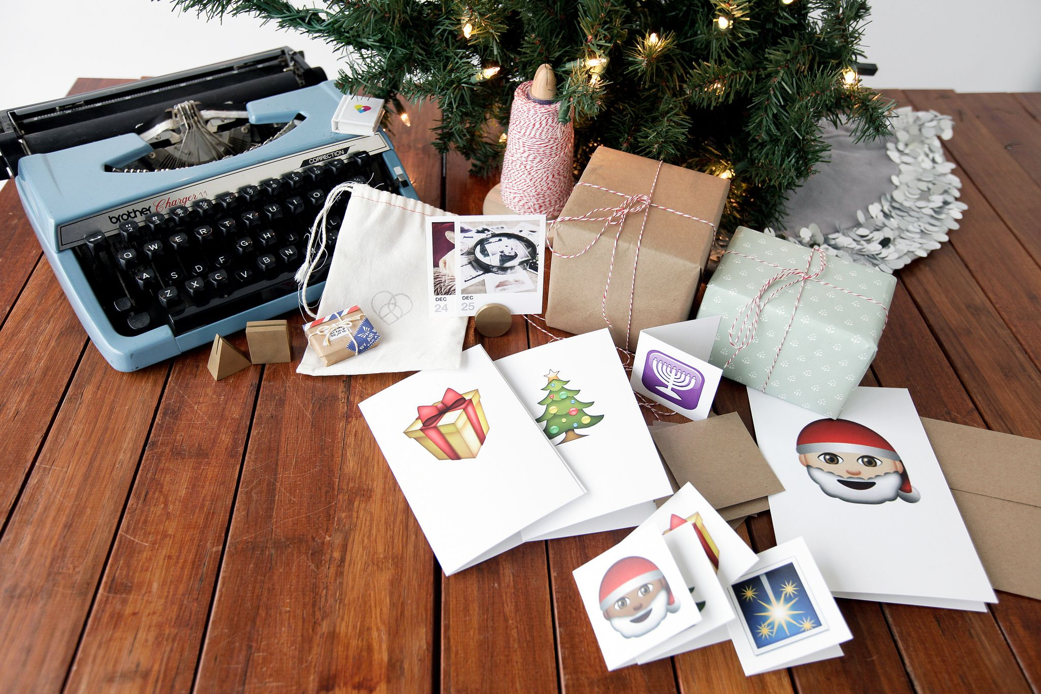 Print Your Own Custom Instagram Holiday Greeting Cards In Three