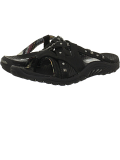 SKECHERS at 6pm. Free shipping, get your brand fix!