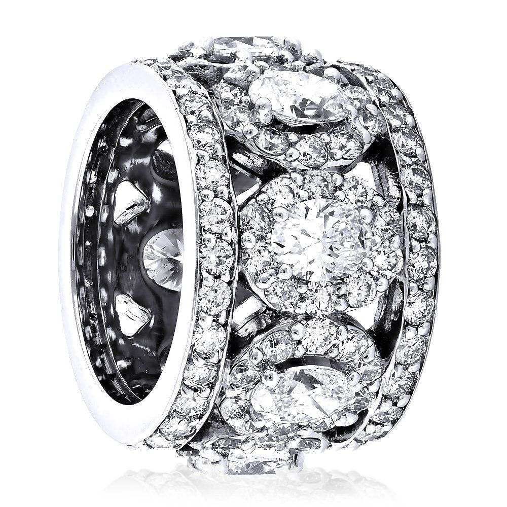 Our anniversary rings collection magnificent and unique