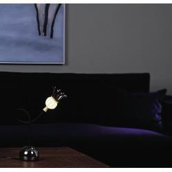 Photo of Serien Lighting Tischleuchte Poppy mit sich öffnenden Glasschirmen – Arm in Schwarz / Glasschirm in