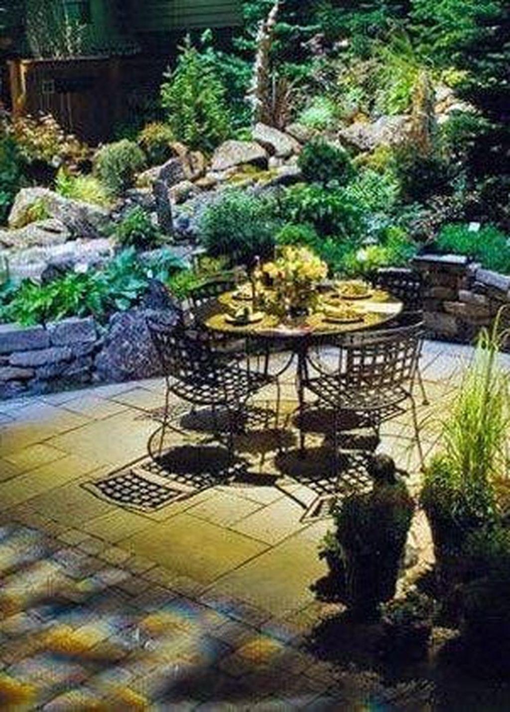 33 Charming Urban Backyard Oasis Design Ideas With Tropical Decor To Try In 2020 Urban Backyard Backyard Oasis Backyard