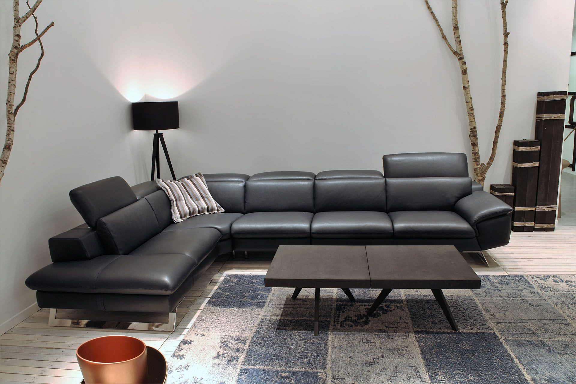 Swell Pin On Desirable Living Rooms With Italian Sofas Ncnpc Chair Design For Home Ncnpcorg