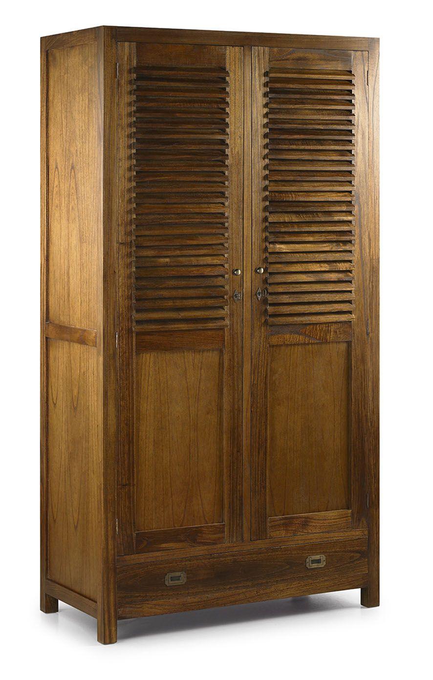 Armoire de la collection STAR. Meuble fabriqué en bois MDF, travail artisanal.