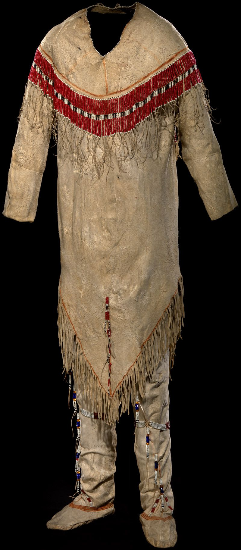Gwich in shirt and leggings ca 1860 1890 alaska caribou for Vetements artisanat indien