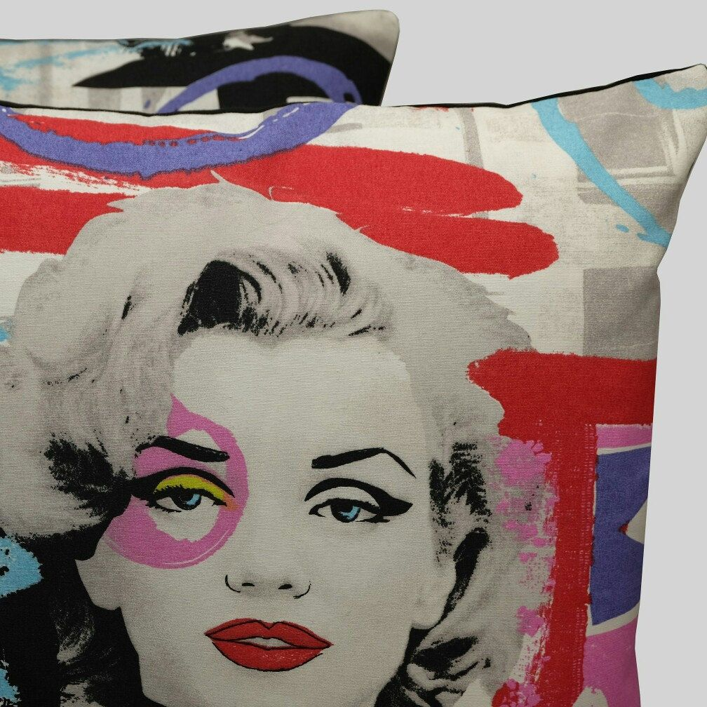 pair of marilyn monroe & audrey hepburn cushion covers. only one