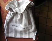"""Grand sac poche en toile à matelas grise et blanche""""Seche-cheveux"""" : Autres sacs par au-petit-bonheur-des-dames"""