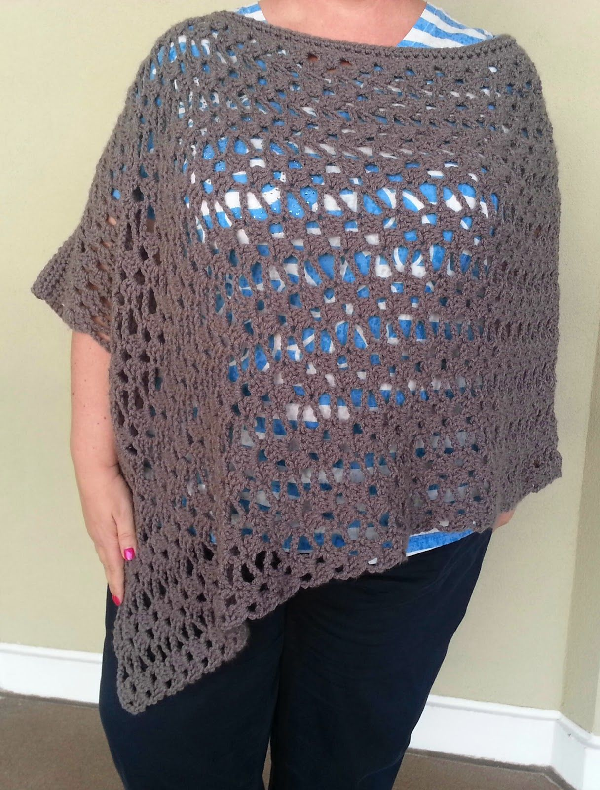 My original Lacy Trellis Poncho was made in an asymmetrical style ...