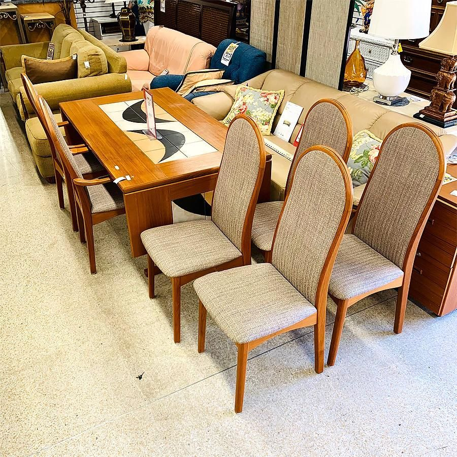 Dining table-teak, w/ colored tiles, 6 chairs.
