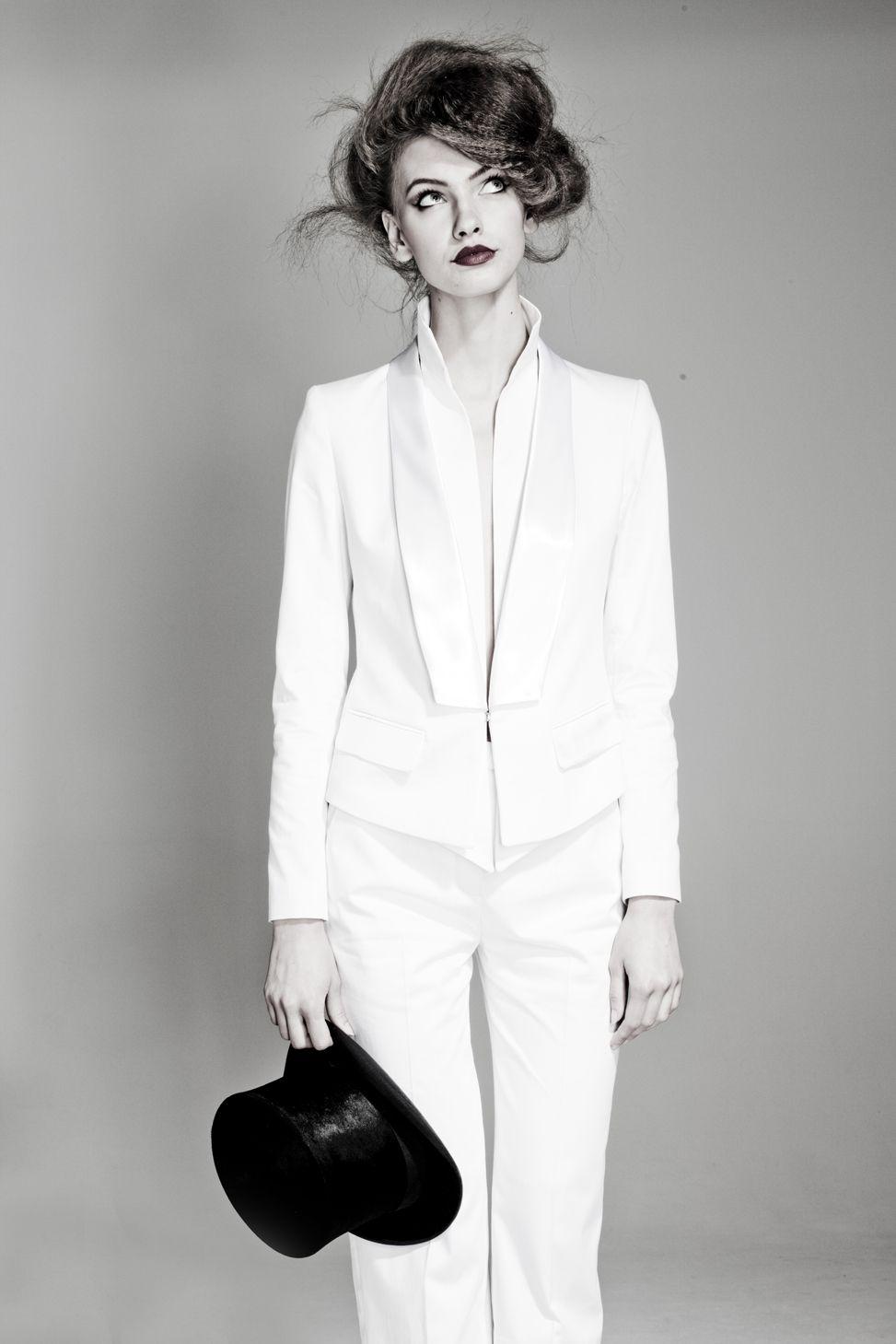 Mariage en smoking blanc  nosmoking  white tuxedo  b18cff64394
