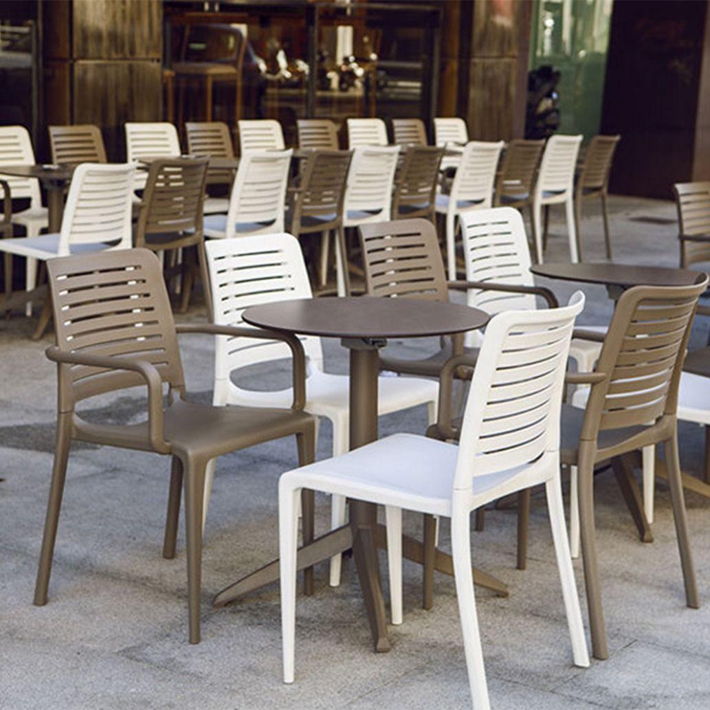 Table Pliante Quadro Sledge Mobilier Chr En 2020 Mobilier Mobilier Restaurant Mobilier Design