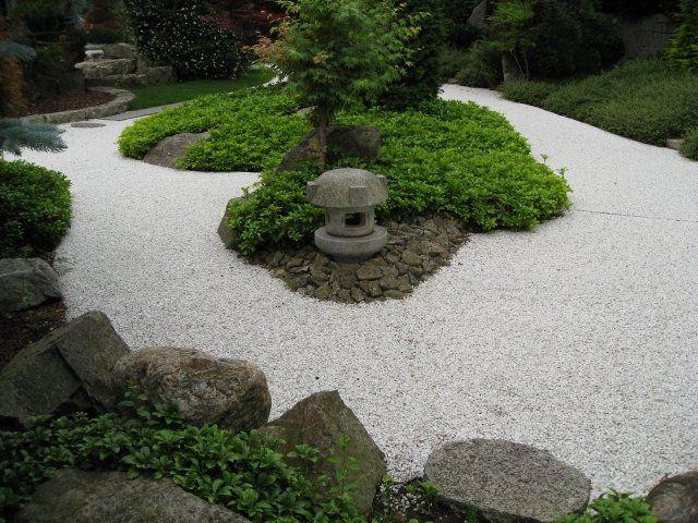 japanischer garten ideen gehweg kies felsen pflanzen | Gartenweg ...