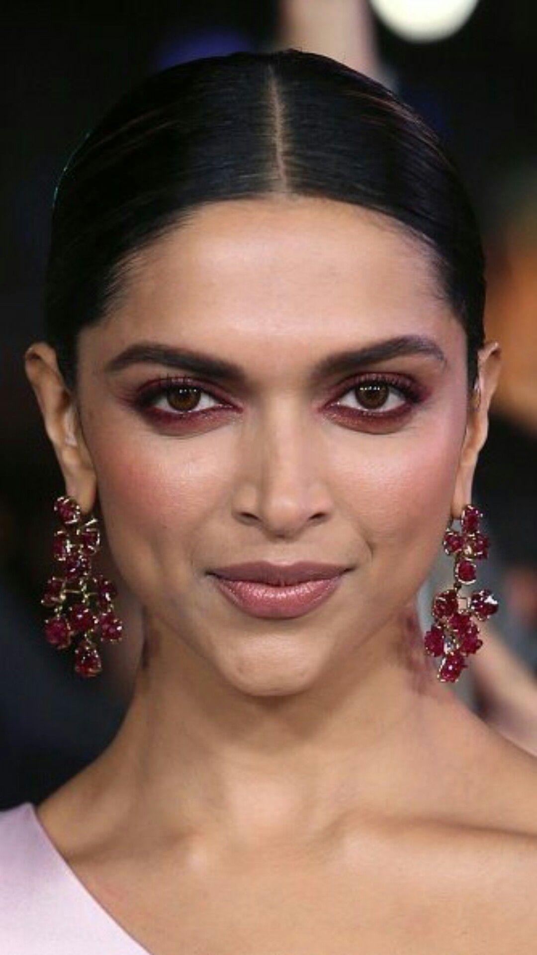 Pin by k , on deepi(ka) | Dewy makeup look, Deepika ...