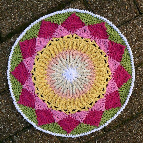 Ravelry: King Protea Mandala (King Sugar Bush) pattern by Dedri Uys ...