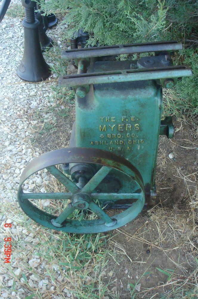 Vintage Myers Belt Driven Water Pump Jack Hit Miss Gas