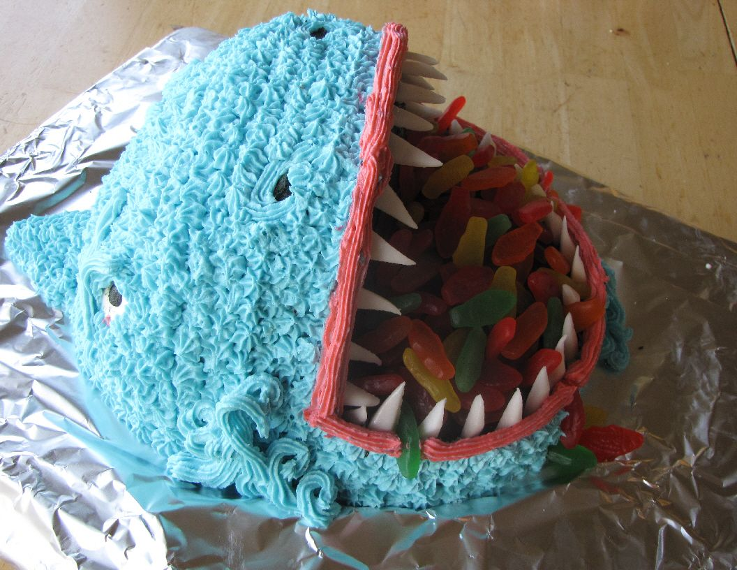 Shark Cake Creates Biting Excitement Shark Cake and Gummy fish