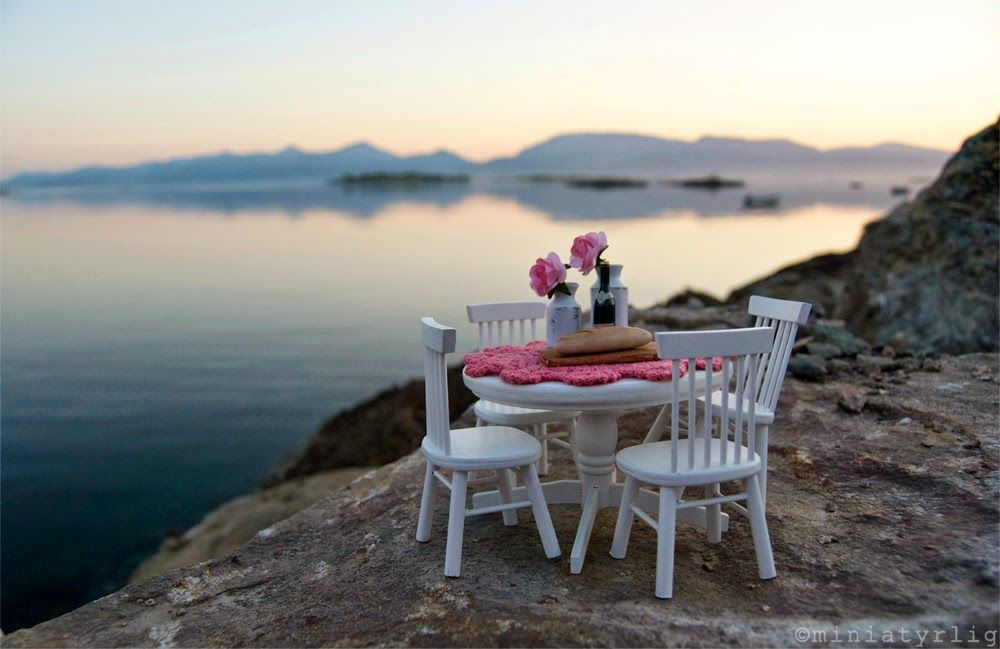 Miniatyrlig!: late mini supper with a view