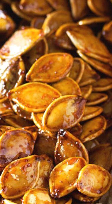 Spiced Honey Roasted Pumpkin Seeds #pumpkinseedsrecipe