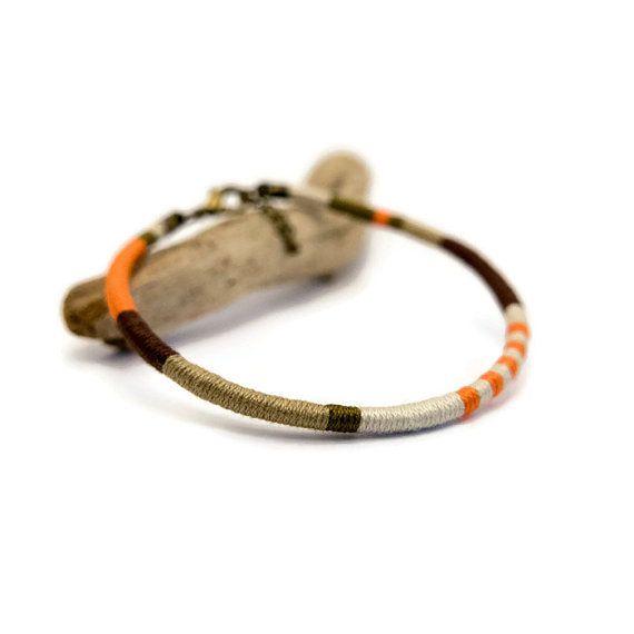 bracelet homme bracelet coton tiss main style ethnique et graphique. Black Bedroom Furniture Sets. Home Design Ideas