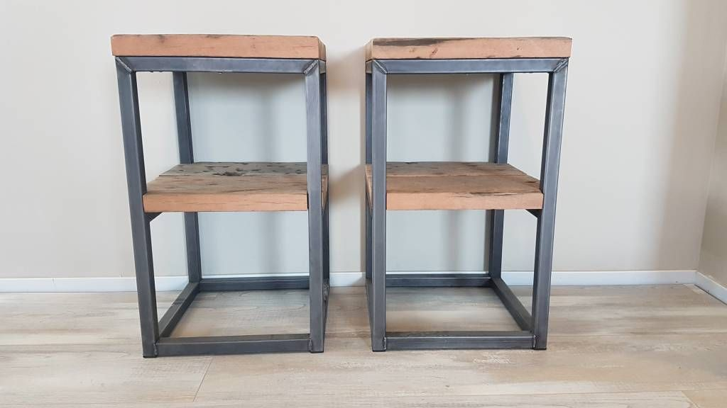 Industrieel nachtkastje staal en wagonhout firma hout staal maatmeubelen slaapkamer - Ijzeren nachtkastje ...