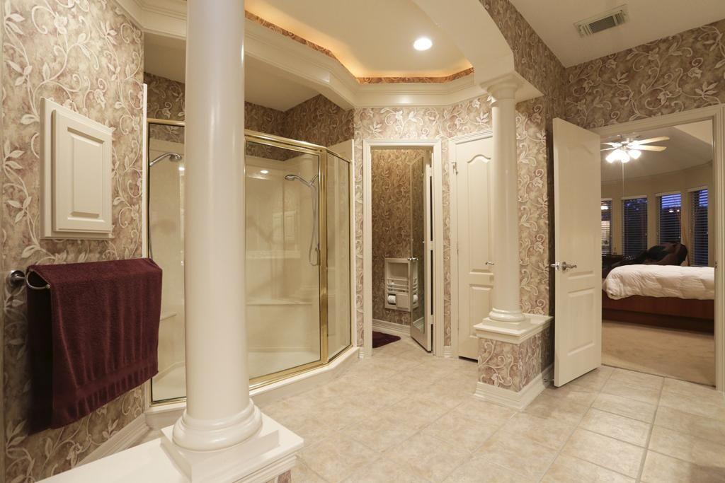Bathroom Roman Style