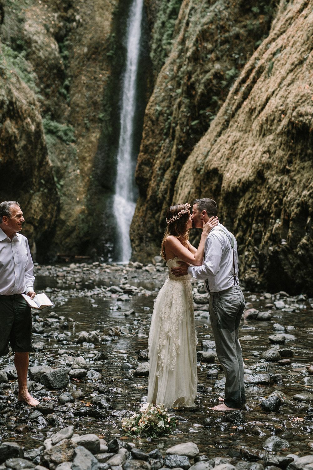 ashley andrew waterfall elopement in oneonta gorge
