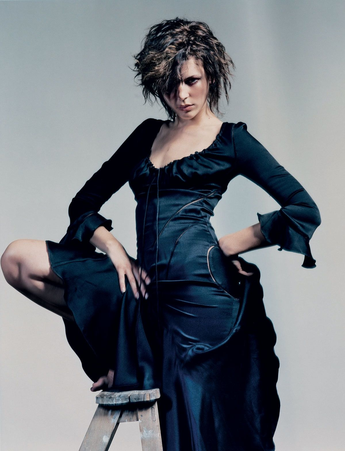 The best of alexander mcqueen in mcqueen dresses and the emotions