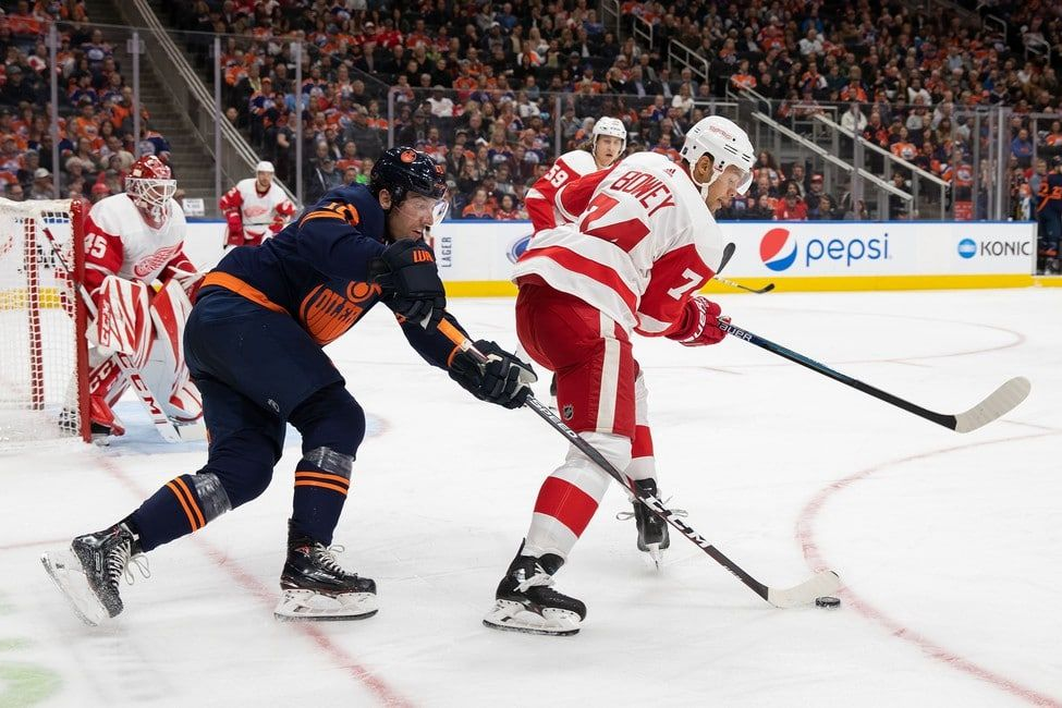 Detroit Red Wings Recall Madison Bowey from Grand Rapids