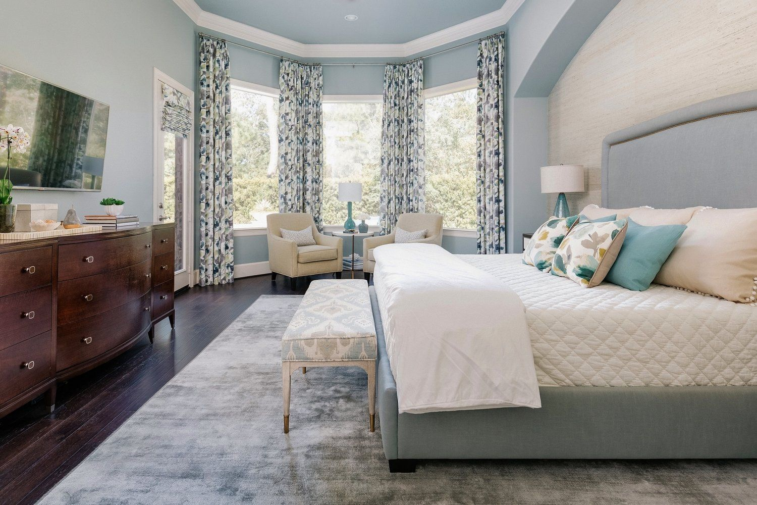 Best Project Reveal A Luxurious Master Bedroom Retreat With 640 x 480