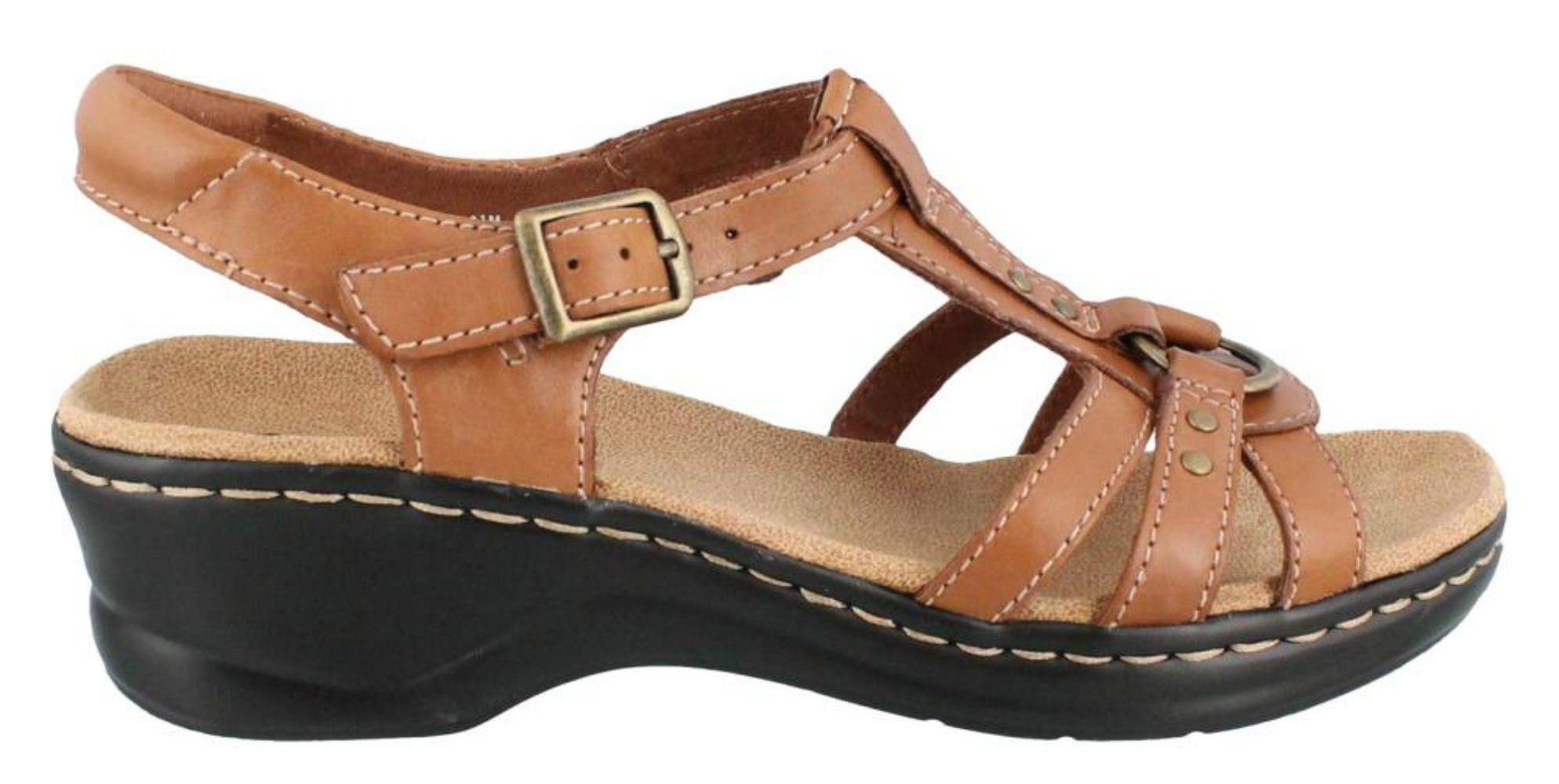 Clarks Women's Lexi Sumac Wedge Sandal,Tan,10 M US. Soft leather.