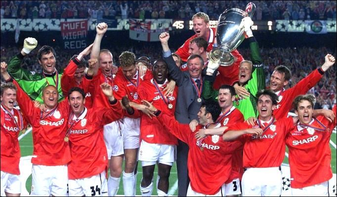 Manchester United English Premiership Watch This Team To See A Team That Never Gives Manchester United Manchester United Team Manchester United Players